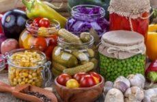 Заготовки из овощей, которые выросли в теплице